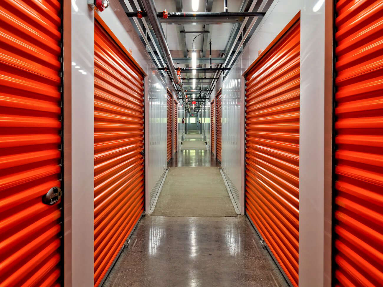 Clean Secure Storage Units in Knoxville TN  Chapman Self Storage